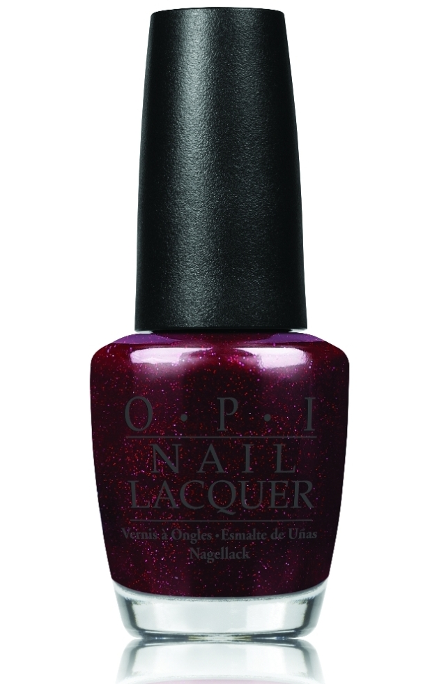 opi_underneaththemistletoe